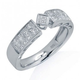 Round and Princess Cut Diamond Fashion Ring in White 14K Gold