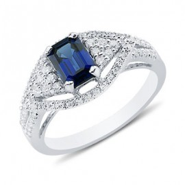 Enchanting Emerald Cut Sapphire Round Diamond Gemstone Ring In 14K White Gold